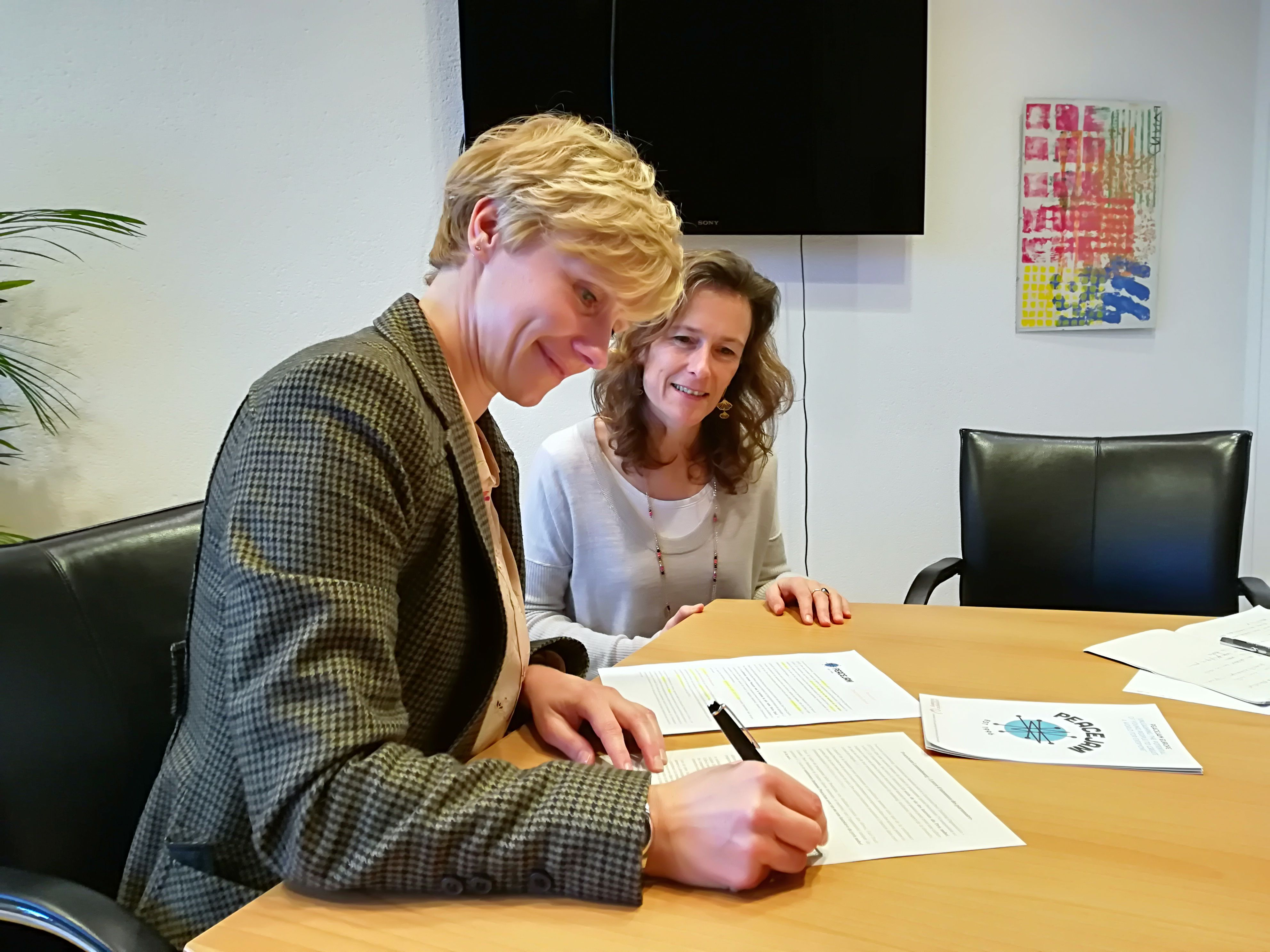 First Partnership Agreement Signed in Luxembourg